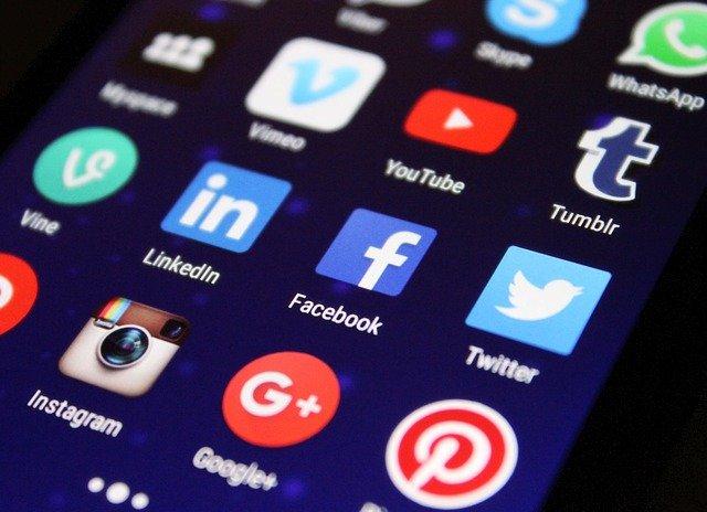 Tiener multimiljonair na verkoop app
